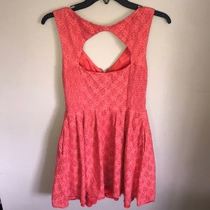 Guess Dresses - ❣️SOLD Guess Front Zipper Dress women's size 8